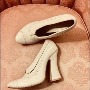 Shoes - 🍰 Antoinette Cream Camp Dream Never On Sale Shoe